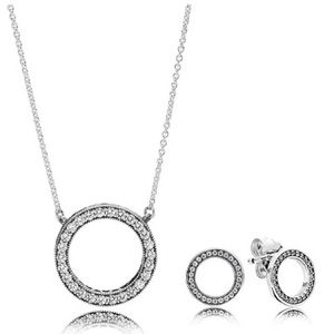 PANDORA circle necklace and earring set